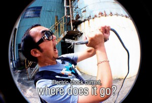 electric-shock-current-where-does-it-go